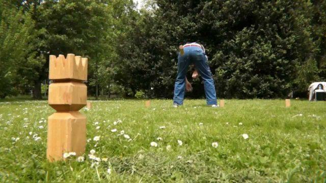 KAMPEERUITRUSTING  29 x cadeau voor mannen die kamperen - Cadeautips