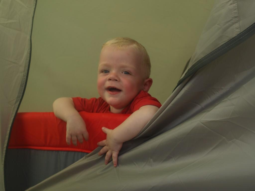 KAMPEERTIPS KINDEREN  Kamperen met baby. Tot welk kamp behoor jij?