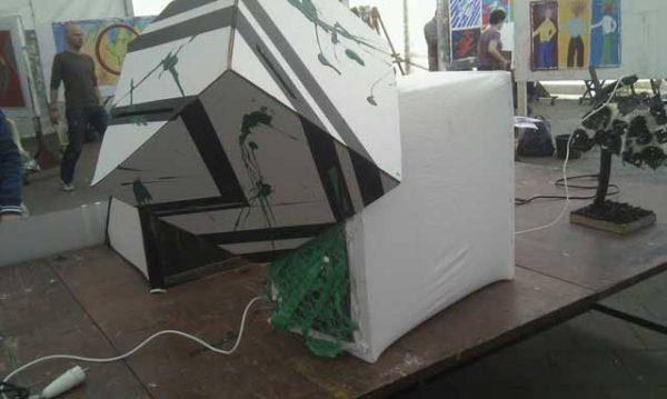 KAMPEERPRAAT KAMPEERTIPS PERSOONLIJK  Buitenkunst: creatief bezig zijn én kamperen!