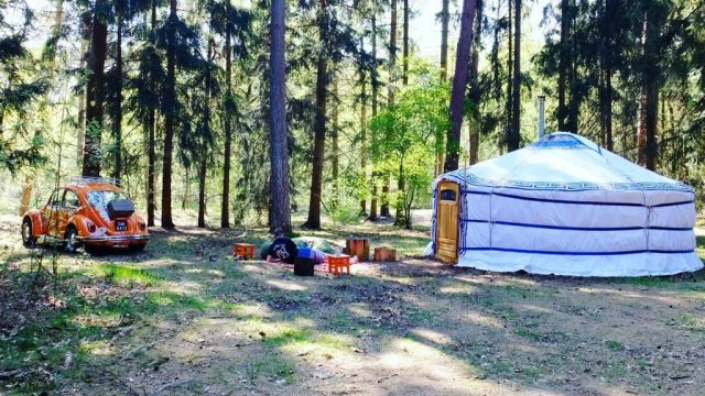 Glampings Natuurcampings Nederland  Renske sliep in een Yurt in Renkum