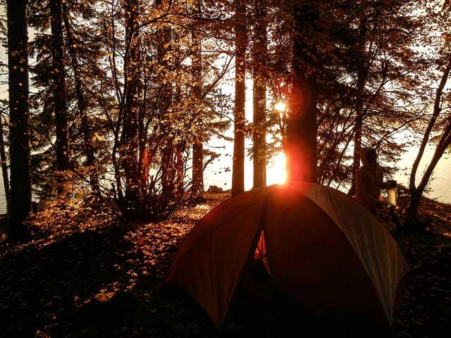 kamperen-herfst-bill-genezzcko