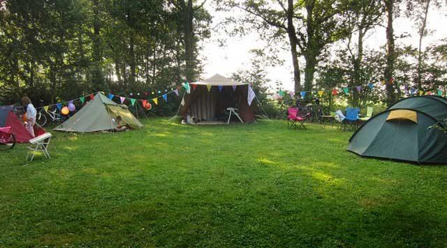 KAMPEERPRAAT  Nederlandse campings minimaal 3% duurder in 2019