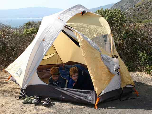 15 afkoel tips die je caravan of tent koel houden