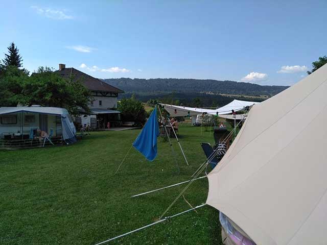CAMPINGS  Een natuurcamping in België? Ben en Annelies openden Beau Reve in de Ardennen