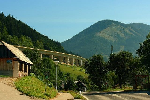 KAMPEERTIPS ONDERWEG  Vignet Oostenrijk, alles wat je moet weten over het tol vignet: Update 2019