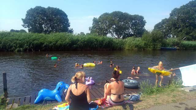 Natuurcampings Nederland  Review: Camping Amstelkade, een groene oase aan het water