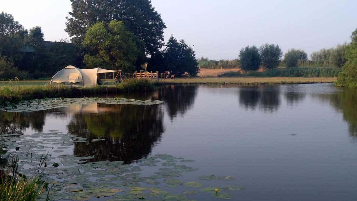 Review: Camping Amstelkade, een groene oase aan het water