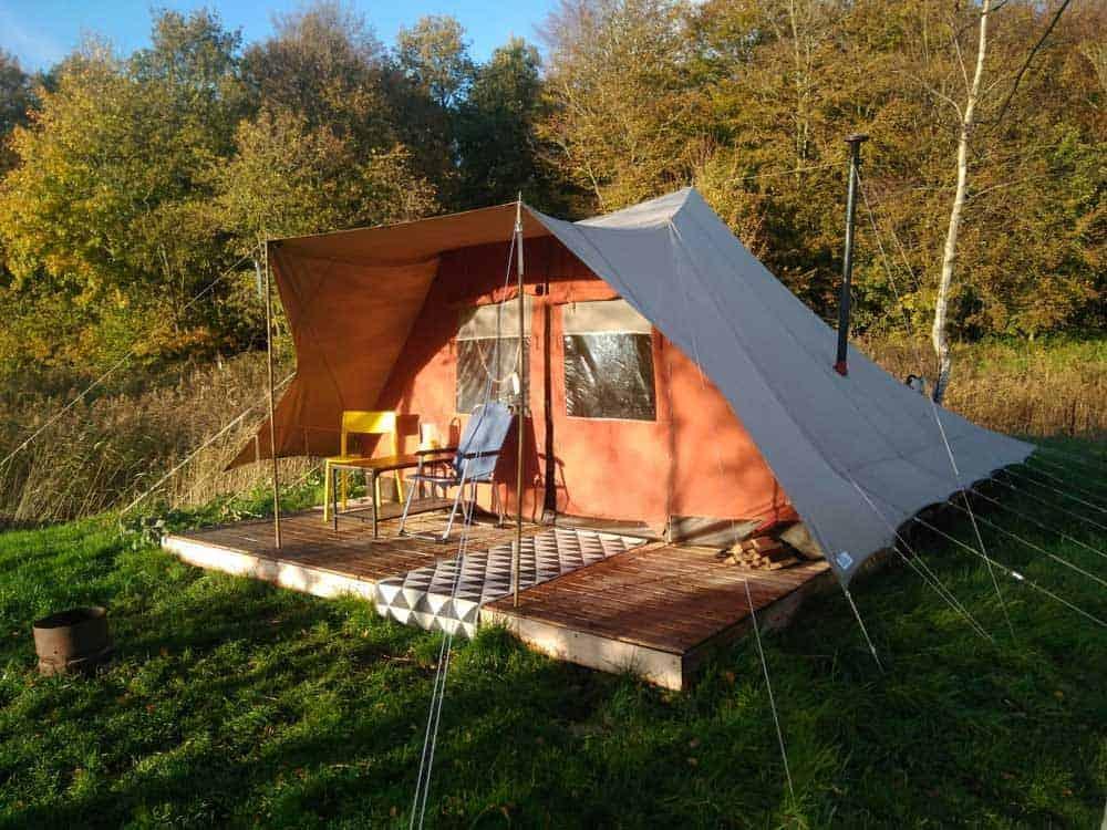 Campingtip: Het Bos Roept: winterglamping in een De Waard tent