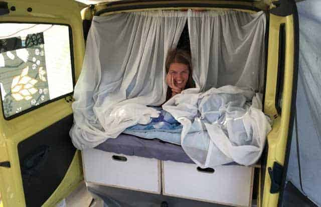 CAMPER & CARAVAN  Zelf bestelauto ombouwen tot camper - Zo deden wij het +handige tips