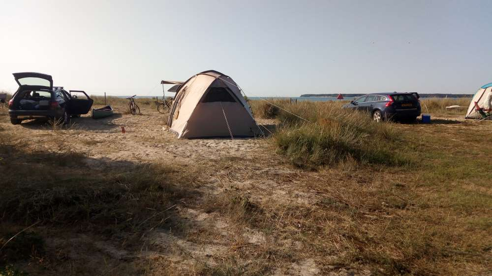 H\u00e5rb\u00f8lle Strand, camping in de natuur op Deens M\u00f8n