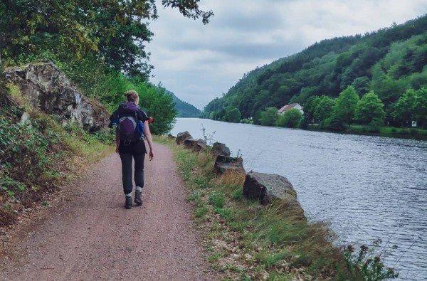Wandelend langs de Saar
