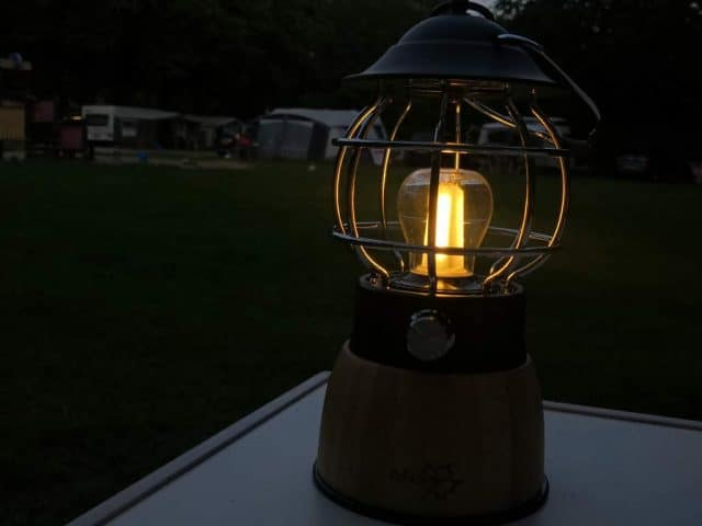 bo camp cmapinglamp hout