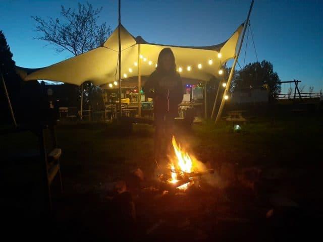 Vuurtje bij de tarp