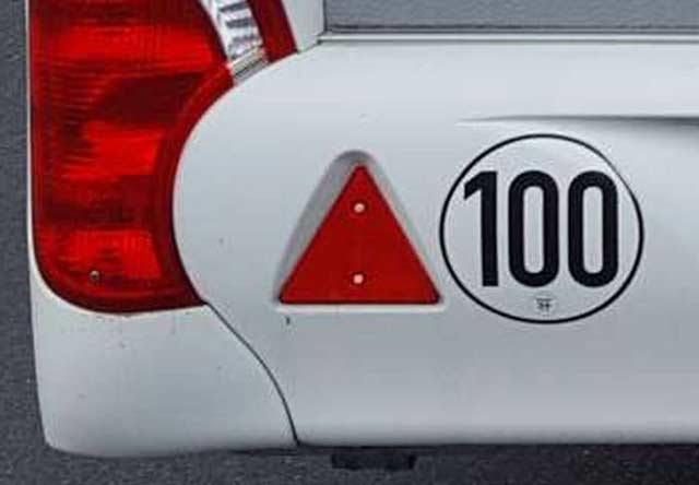 tempo 100 sticker