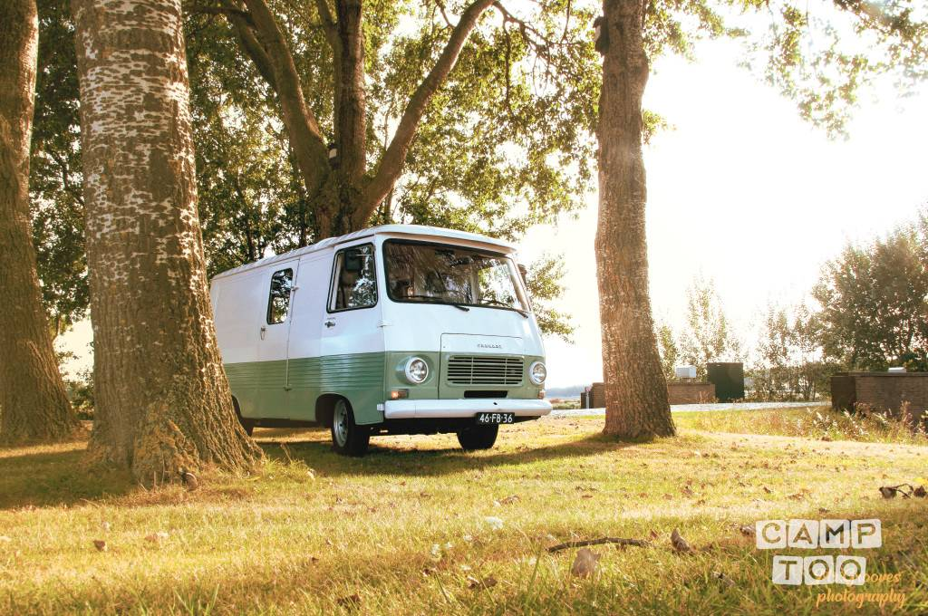 Peugeot camper uit 1978