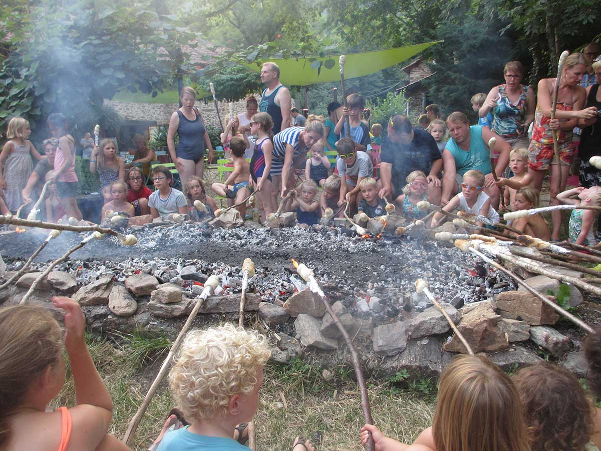 camping Moulin de Chaules kampvuur
